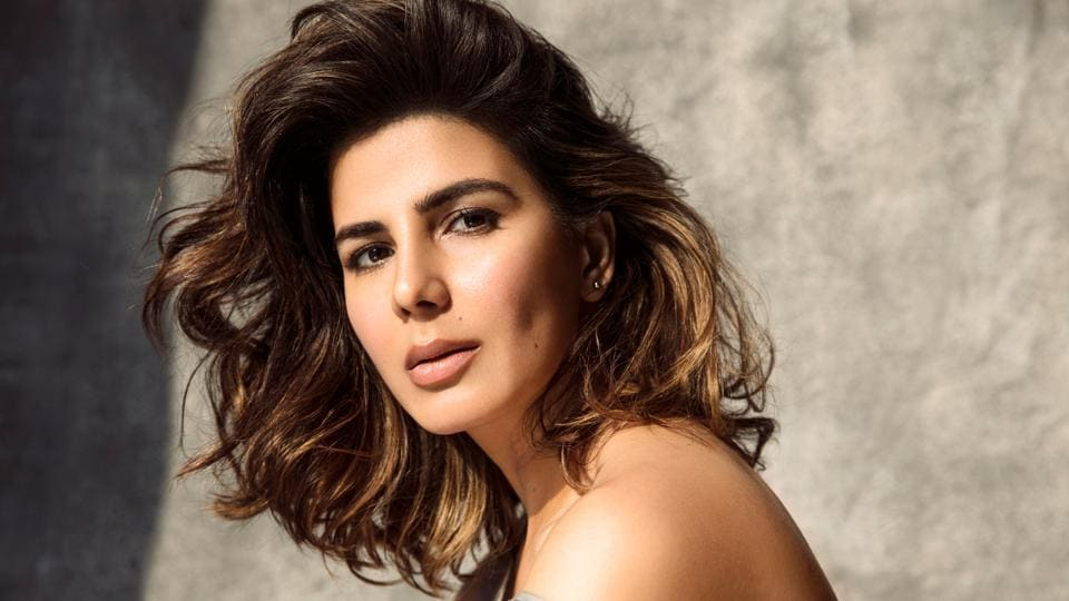 Kirti Kulhari had apprehensions about the role as she didn't want it to turn out to be just another show with fluff and sex and with no substance.