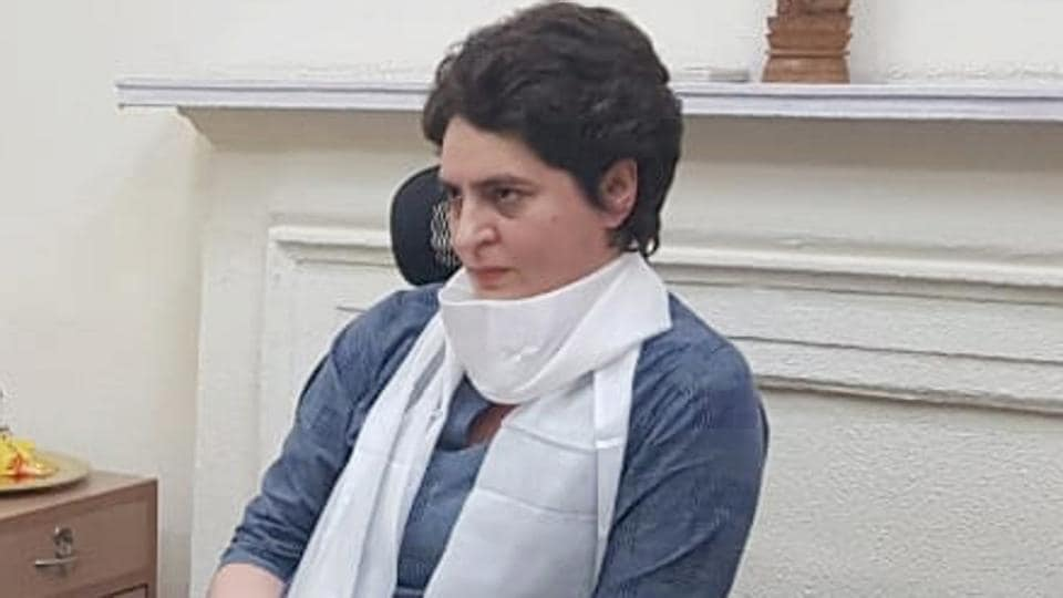 Priyanka Gandhi Vadra began her visit to the state with a roadshow in Lucknow .