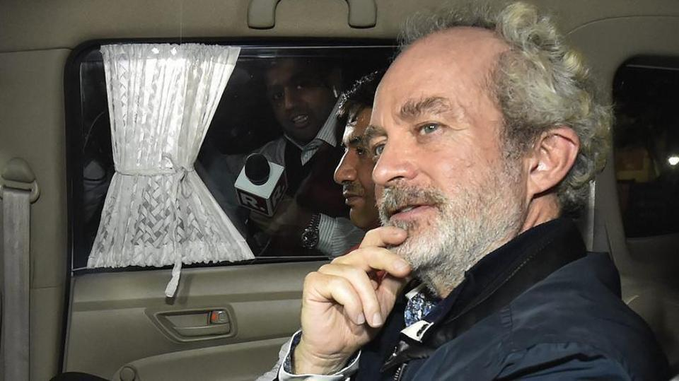 Agusta Westland scam accused middleman Michel Christian at CBI headquarters in New Delhi, on early Wednesday, Dec. 5, 2018.