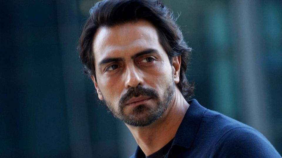 Actor Arjun Rampal says that the matter relating to him defaulting on a loan payment has been cleared.