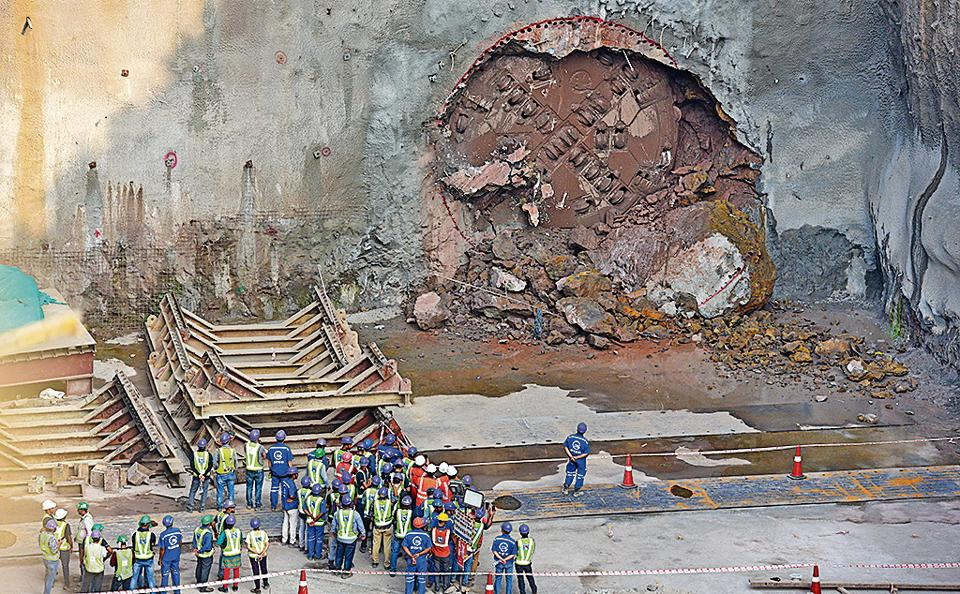 Authorities completed a 5th tunnel breakthrough at the Chhatrapati Shivaji Int'l Airport — T2 Metro station on Wednesday.