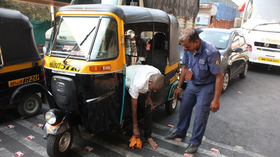 A cleanliness crusader since 2010, Nikam, who is one of the 200 clean-up marshals appointed by the Thane Municipal Corporation (TMC), is now no less than a celebrity after a commuter shot a video of him compelling an auto driver to clean up his spit.