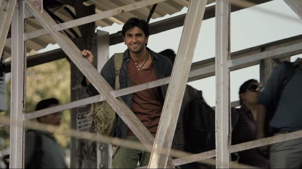 A still of Ranveer Singh from the Train song in Gully Boy.