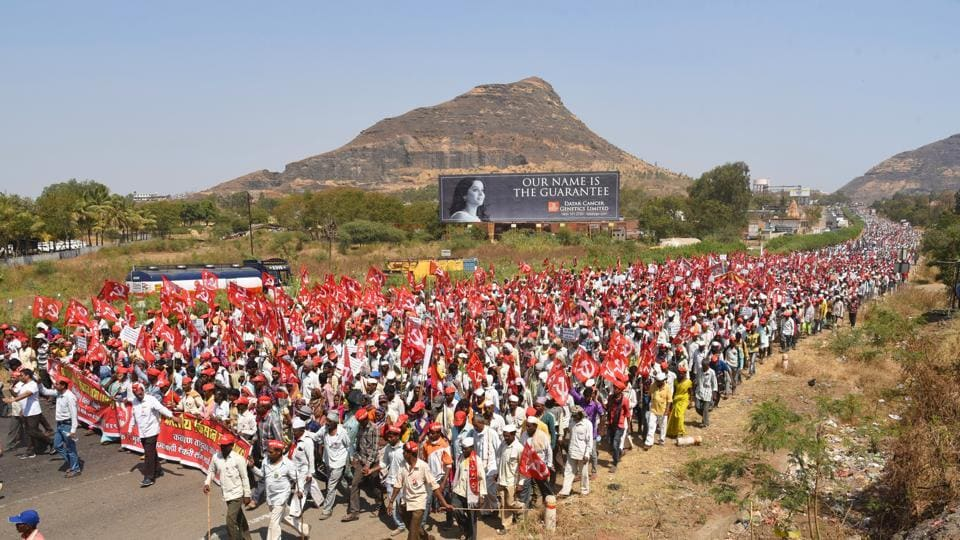 Maharashtra farmers call off march after state government
