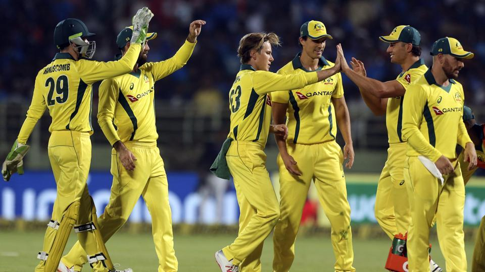 Australia kept chipping away at the wickets as India stalled after Rahul's dismissal (AP)