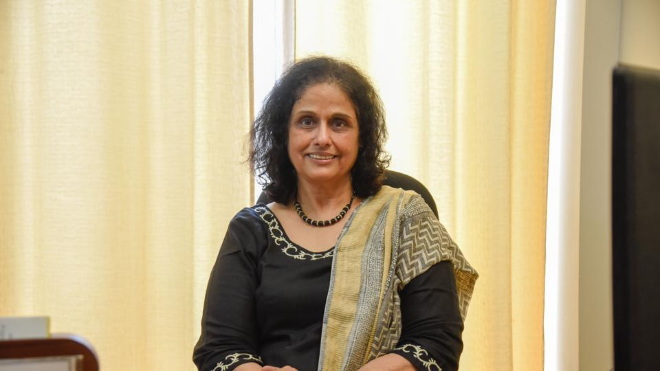 Besides Dr Swati Bhave (in picture), head of Adolescent Clinic Jehangir Hospital and executive director of Association of Adolescent and Child Care in India; Smita Salunke, clinical psychologist Jehangir Hospital; Sharmila Gujar and Sujata Hingne, both life skill educators were also present to help audience understand about stress.