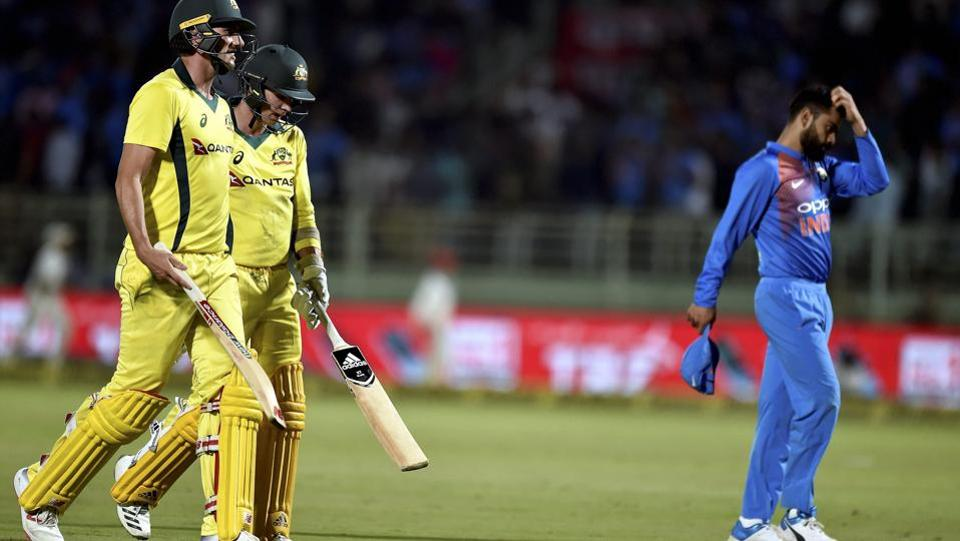 Pat Cummins and Jhye Richardson scored 14 off the final over as Australia scraped home off the final ball of the match (PTI)