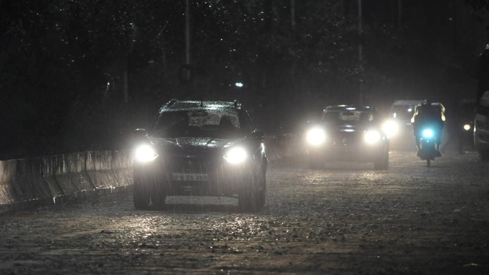 Noida and Ghaziabad received light rain on  Monday evening  and is likely to continue for the next six days as well.