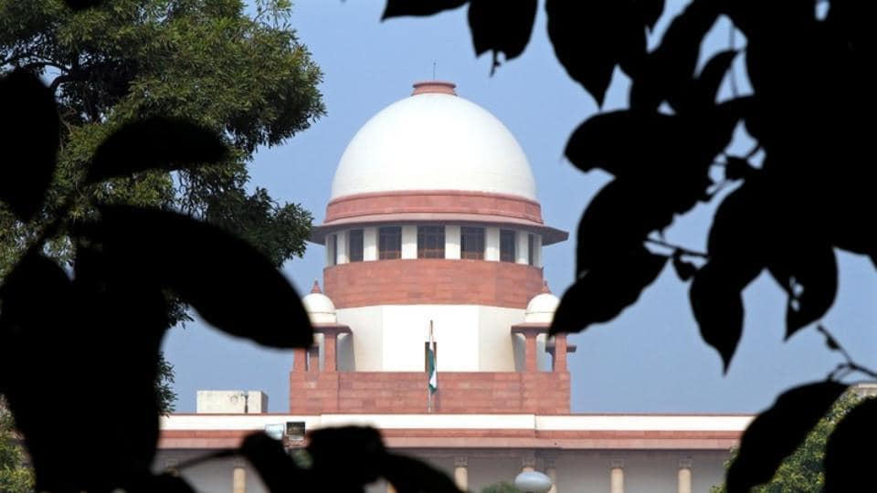 A view of the Supreme Court building is seen in New Delhi December 7, 2010.