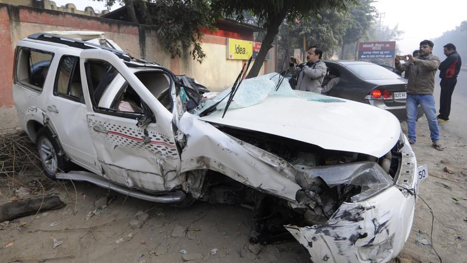 According to the FIR, one person was injured in the mishap. The incident took place around 7pm Monday when a scaffolding made of iron collapsed and damaged at least 10 cars parked below.