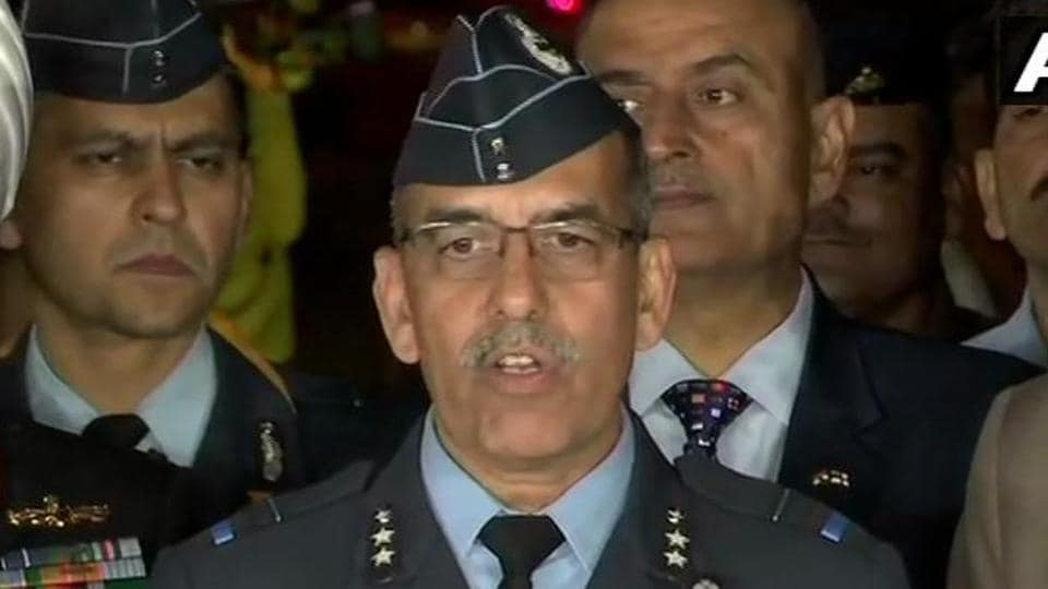 Wing Commander Abhinandan Varthaman's MiG 21 was shot as he bailed out after bringing down a Pakistani F-16 fighter jet: IAF