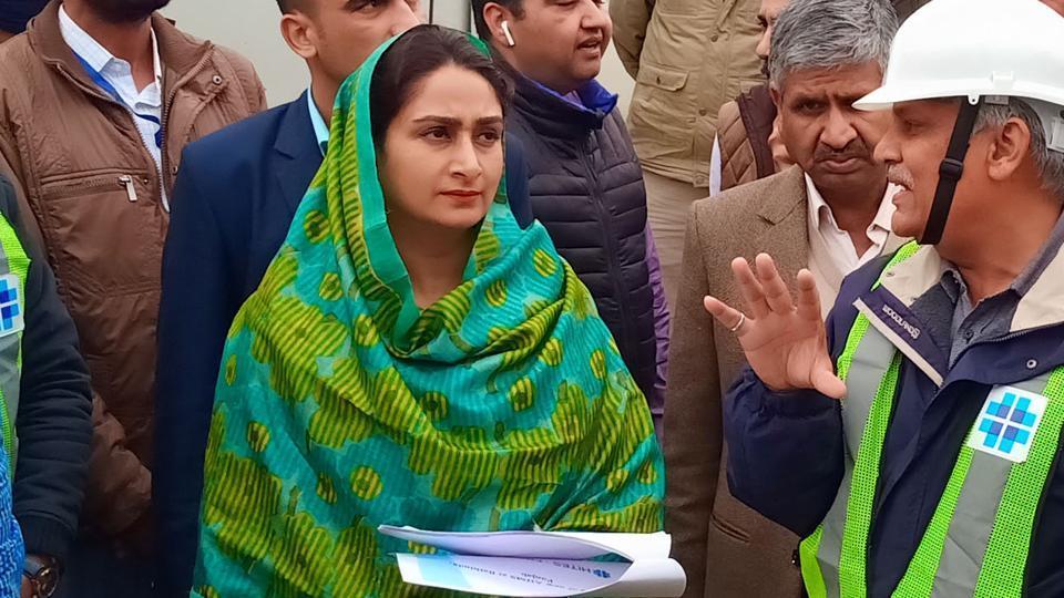 Lok Sabha Elections 2019: Bathinda MP and Union food processing industries minister Harsimrat Kaur Badal  inspects progress of construction work on AIIMS building in Bathinda on Thursday, Feb 21, 2019.