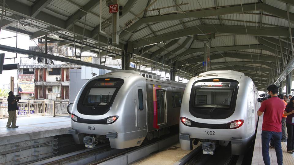 Red alert,mumbai metro,mumbai red alert
