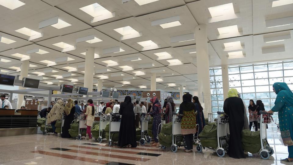 india,pakistan,pakistan airport
