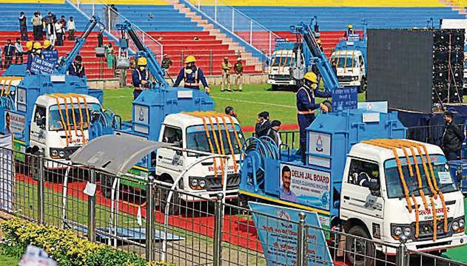 Delhi chief minister Arvind Kejriwal flagged off a fleet of 200 sewer cleaning machines in New Delhi on Thursday.