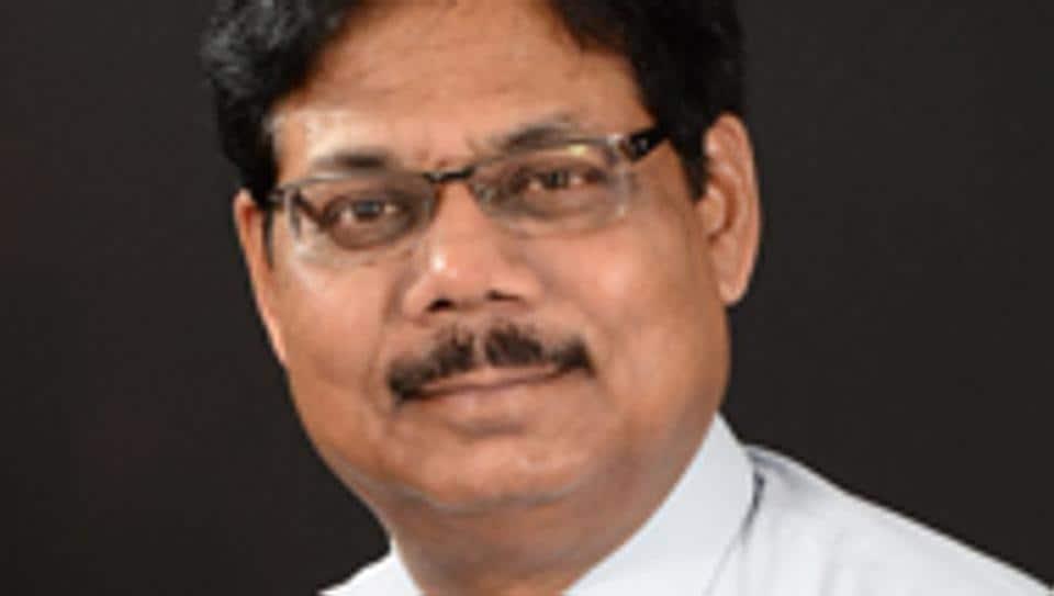 Dr Rajvardhan Azad