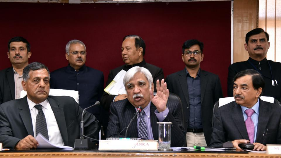 Chief Election Commissioner (C) Sunil Arora with Election Commissioners Ashok Lavasa (L) and Sushil Chandra (R) addressing a press conference in Lucknow on Friday.
