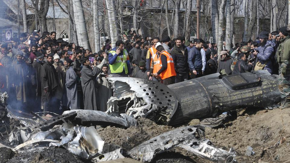 Two pilots were killed after an Indian Air Force M-17 chopper crashed in Kashmir's Budgam district on Wednesday. Pakistani Air Force entered Indian air space as part of 'retaliatory' action against India's airstrikes. Pakistan claimed that it had two IAF pilots in its custody with the Pakistan Army later releasing a video that showed an IAF pilot identifying himself as Wg Cdr Abhinandan. (Waseem Andrabi / HT Photo)