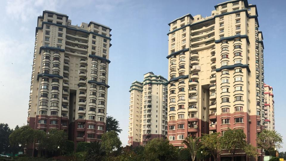 property prices,fall in property prices,liases foras