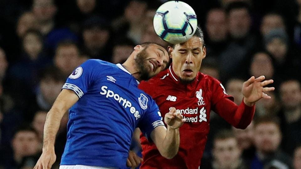 Liverpool held at Everton to surrender top spot in Premier League | football