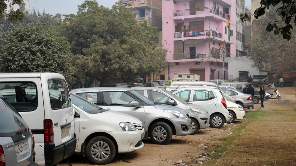 The South Delhi Municipal Corporation (SDMC) Monday laid the foundation stone for Delhi's first fully automated puzzle car parking at Adhchini village near Aurobindo Marg. (Photo by S.Burmaula / Hindustan Times)