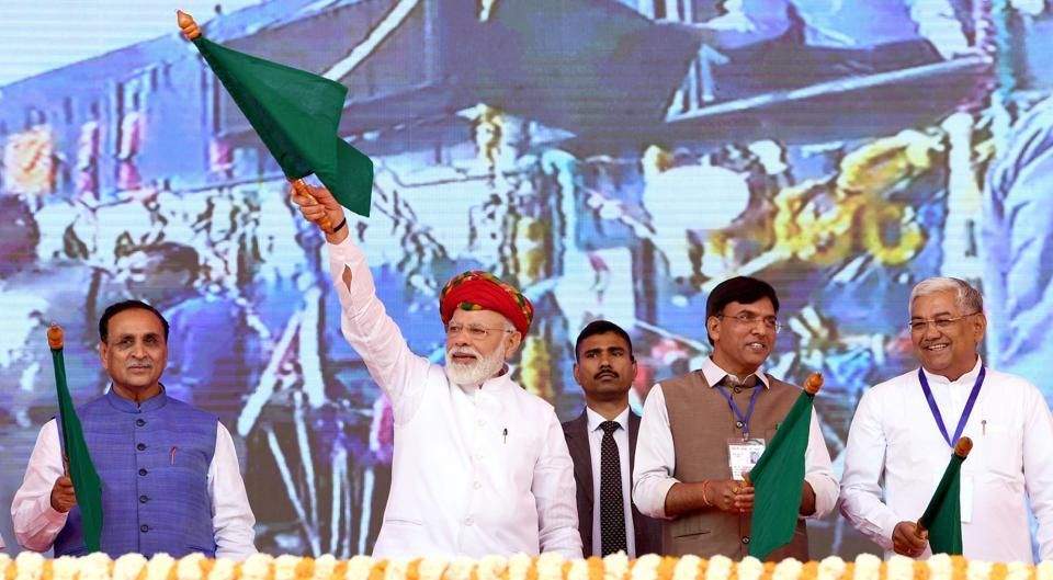 Prime Minister Narendra Modi inaugurating the various development projects, in Jamnagar on Monday.
