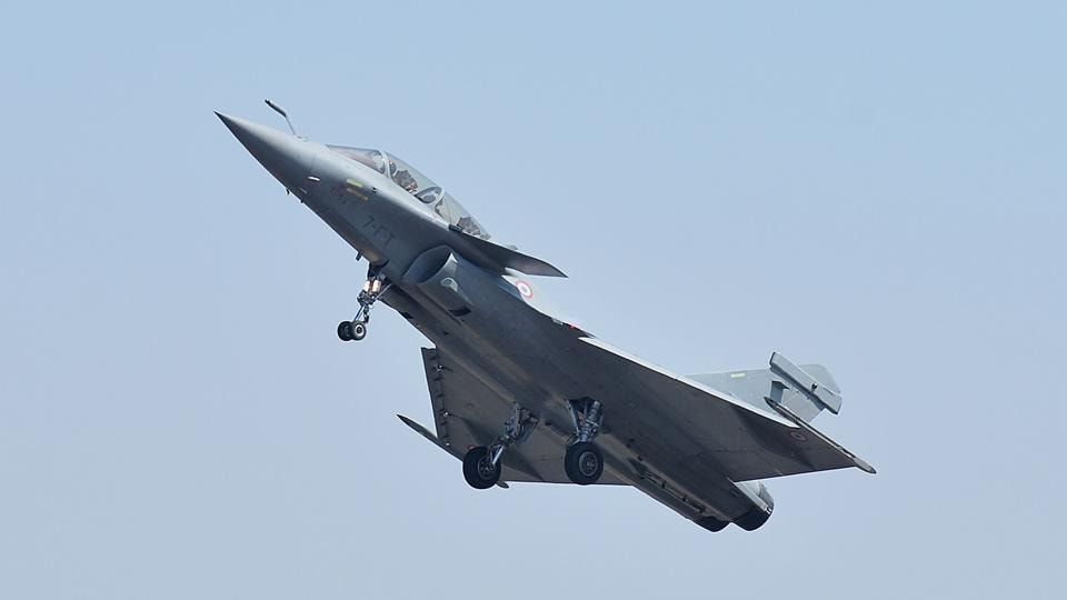 A Dassault's Rafale fighter jet performs a manoeuvre during Aero India 2019 airshow at the Yelahanka Air Force station, in Bangalore on February 20.