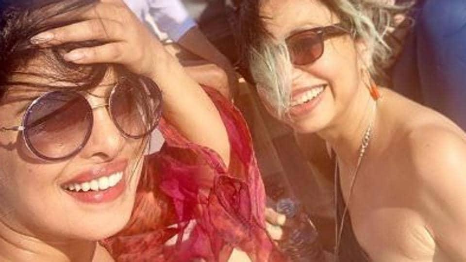 Priyanka Chopra, Shonali Bose, Farhan Akhtar, Zaira Wasim and Rohit Saraf soak in the sun.