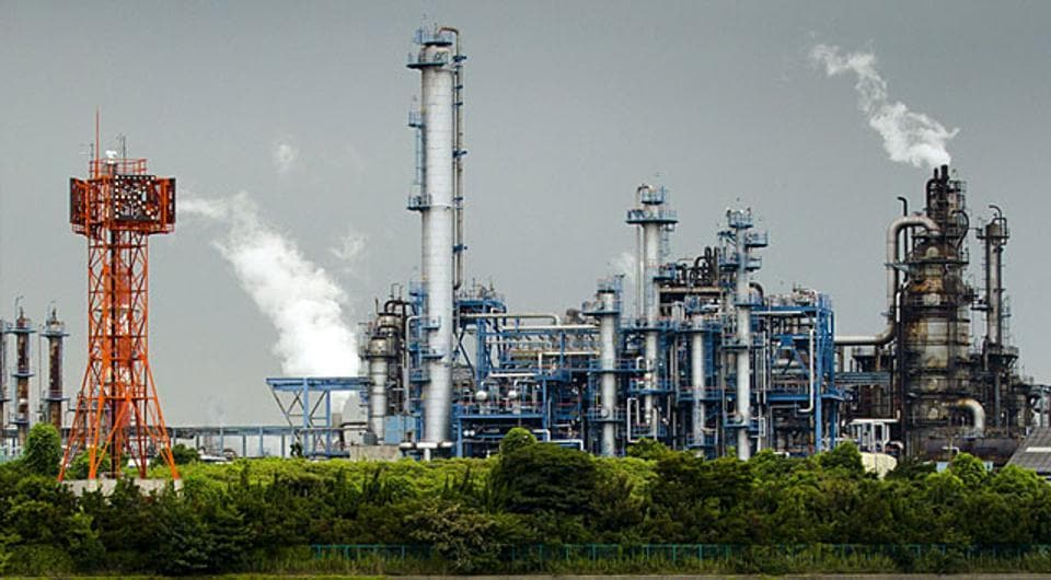 Industries claiming to be run on agro-based fuel, to bring down pollution in the NCR, could be hoodwinking pollution controlling authorities by taking advantage of a loophole in a 2018 notification of the Union government, apprehends the Environment Pollution (Prevention & Control) Authority (EPCA).
