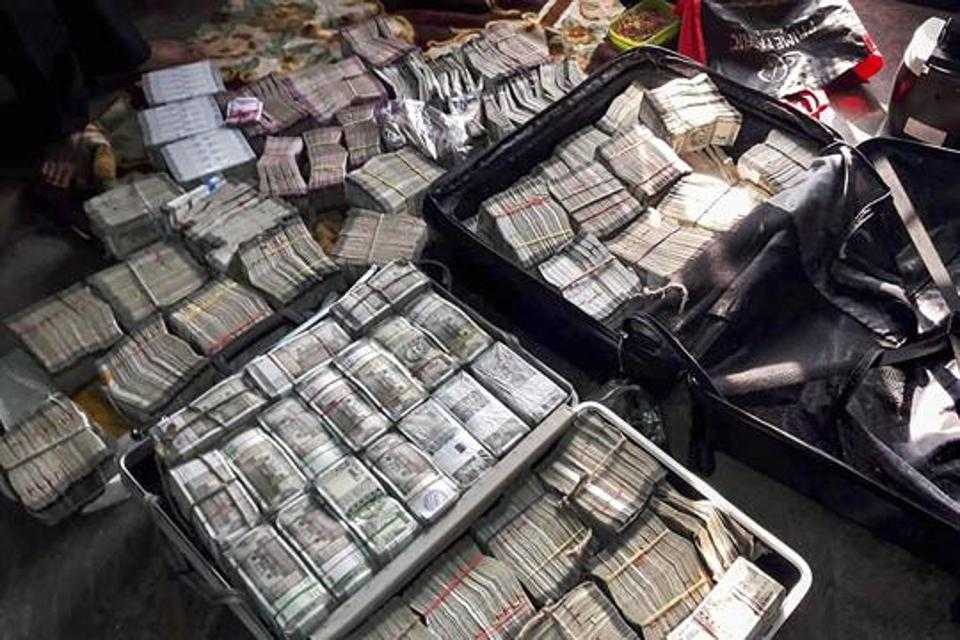 Image result for cash, drugs, liquor, gold  elections in india