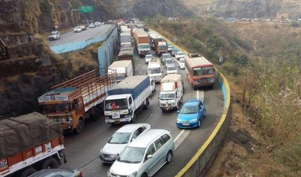 Parts of Pune-Mumbai e-way to be shut from March 12-20 for