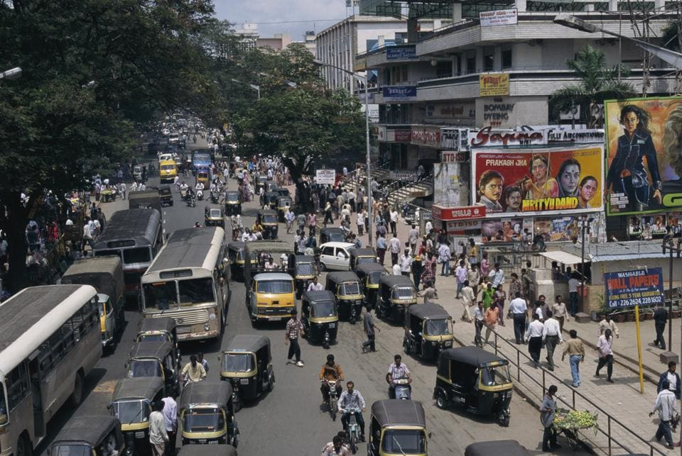 Mumbai street in 1997, the period in which Milk Teeth is set.