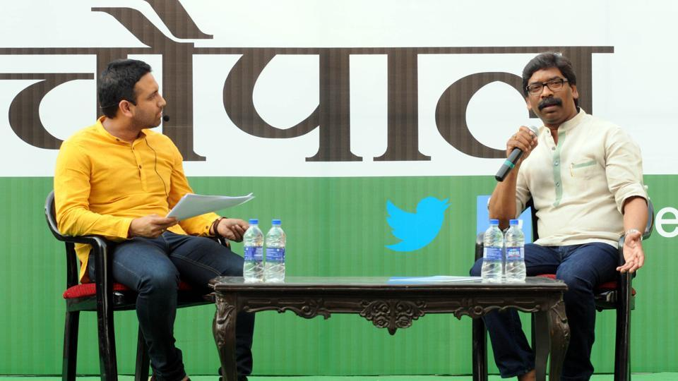 Former chief minister Hemant Soren replying questions of public during the programme