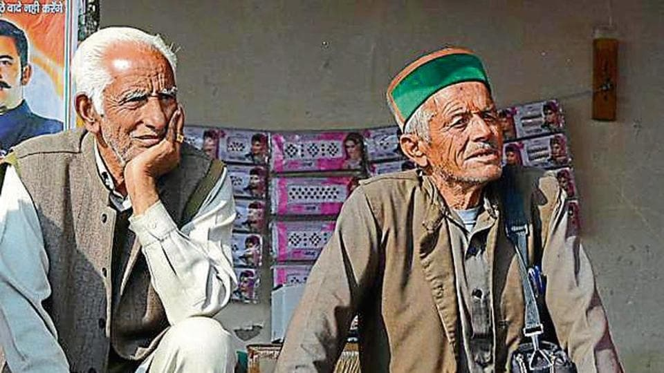 Senior citizens wait for their turn to vote in Himachal Pradesh. Hamirpur has maximum 125 voters who are more than 100 years old