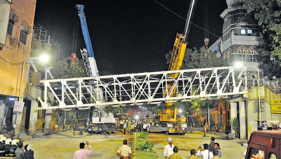 Mumbai,CSMT bridge collapse,Dadar