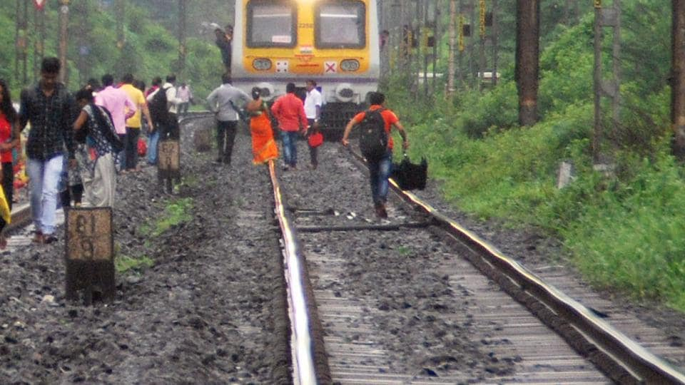 It took three engines to draw the Hussain Sagar Express back onto the right track (Representational image)