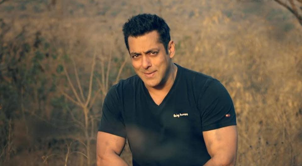 Salman Khan sings Notebook song Main Taare for Zaheer Iqbaal, Pranutan Bahl. Watch video