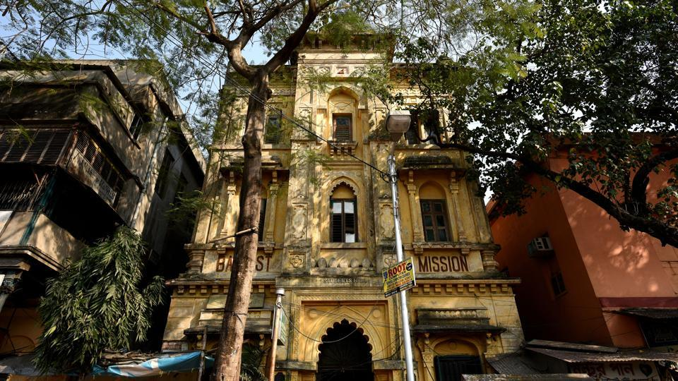 A view of Baptist Mission Students Hall in Kolkata. India's first urban hostels called messbaris flourished in the city in the 20th century. By early 1900s, they were housing thousands of young men who had headed to rapidly industrialising Bengal. Messbaris still around have accumulated years of neglect. But thanks to movies set in these buildings and heritage initiatives, efforts are now being made to revive them. (Arijit Sen / HT Photo)