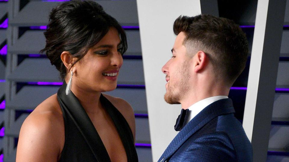 Priyanka Chopra (L) and Nick Jonas attend the 2019 Vanity Fair Oscar Party.