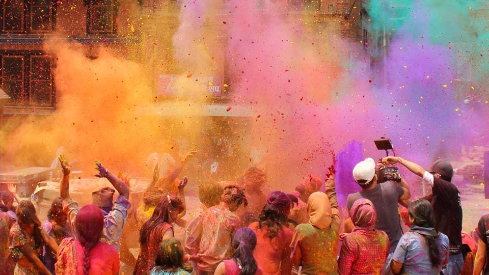 Holi 2019: Tips to get over the bhangover