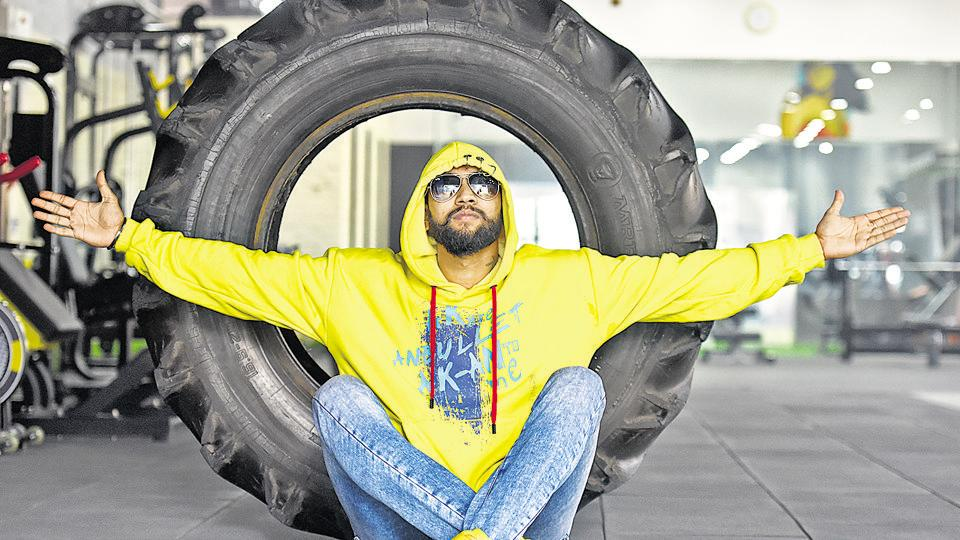 """Amreek Singh's first song, Jai Jai Bihar (2016), crossed 3,00,000 views on YouTube, impressive for a debut song. A Punjabi from Gurugram, he wants to """"better"""" the image of the Bhojpuri music industry."""