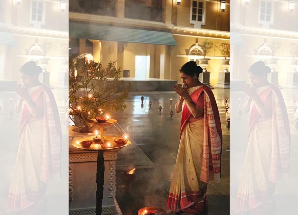 Sabyasachi Mukherjee,Jamdani saris,puchka