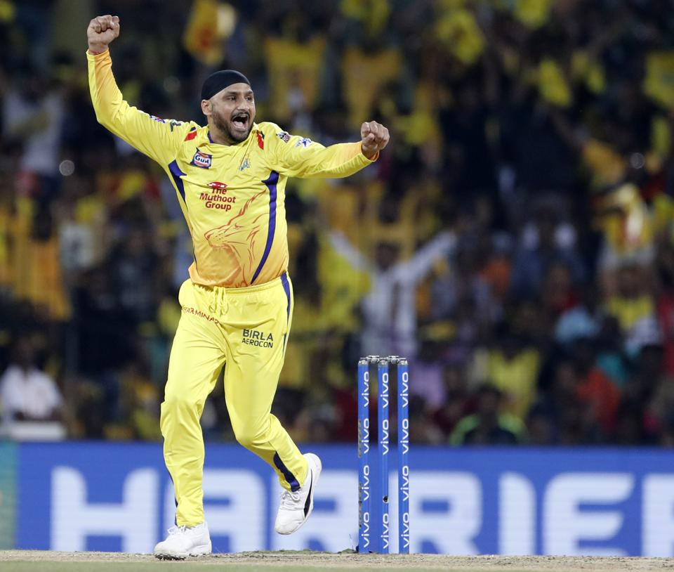 Harbhajan Singh tormented RCB on a pitch which was turning by bagging 3 wickets (AP)