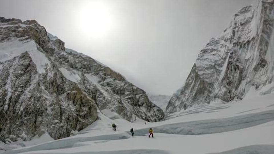 According to studies, glaciers in the Everest region are melting and thinning.