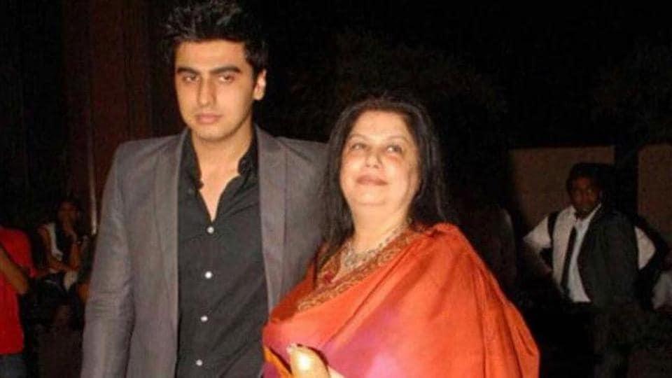 Arjun Kapoor with mother Mona.