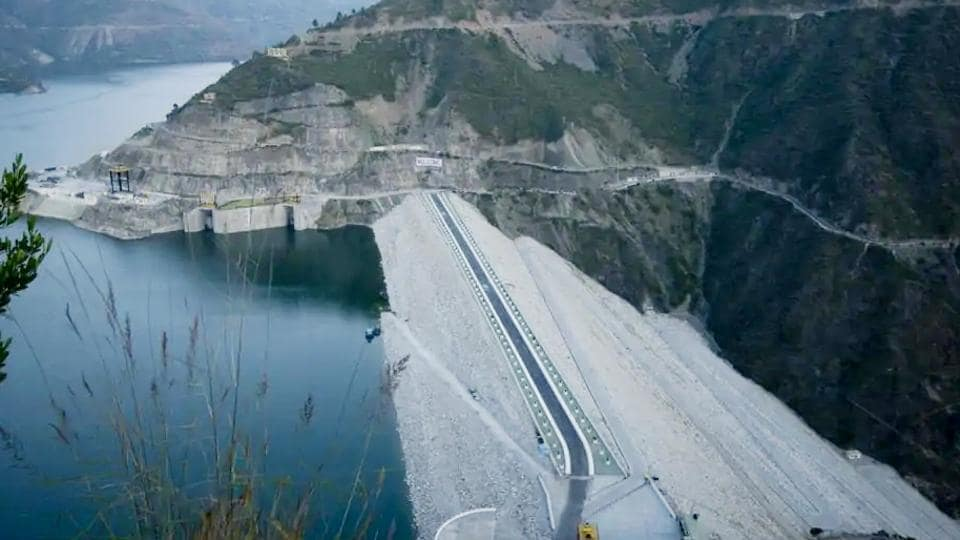 Locals are upset over suspension of the Lakhwar multipurpose project in the Upper Yamuna basin in TehriGarhwal LokSabha constituency. The project aims at generating 300 megawatt power.