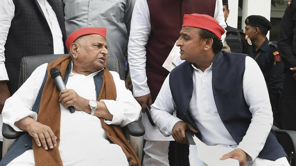 Samajwadi Party leaders Mulayam Singh Yadav and Akhilesh Yadav