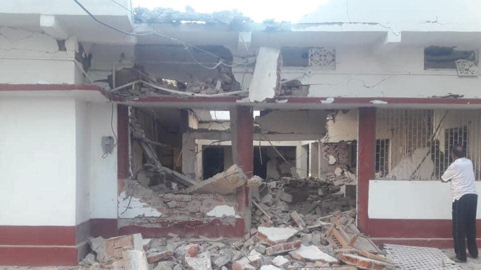 Maoists,BJP leader house bombed,Bihar Maoists