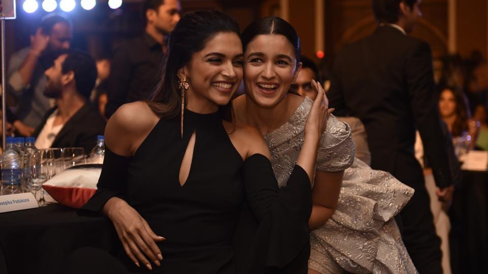 Deepika Padukone and Alia Bhatt add to the glamour quotient.  (Anshuman Poyrekar/HT Photo)