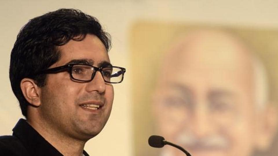 Former Peoples' Democratic Party (PDP) senior leader Javaid Mustafa Mir on Wednesday joined the Jammu and Kashmir Peoples' Movement (JKPM) led by bureaucrat-turned-politician Shah Faesal. (Photo by Ravindra Joshi/HT PHOTO)